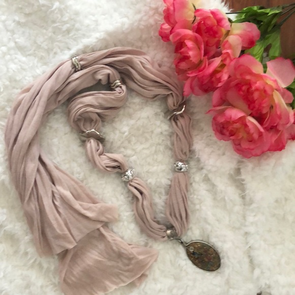 Accessories - Statement scarf necklace with statement charm